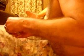 Horny amateur couple make a porn video.