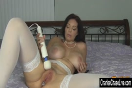 Hot milf playing with her big ass.