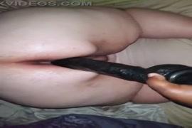 Bbw slut squirt after fucking big dildo.