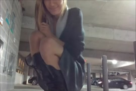 Hooker with a big ass in public parking