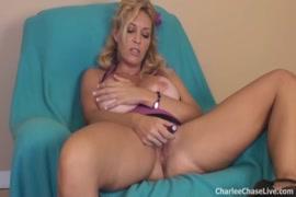 Big booby sissy boy play with dildo.