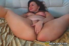 Big titted goth babe in lingerie masturbates on webcam.