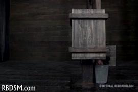 Monalisa kibur ki chudai sex video mp4 सबसे अच्छा
