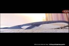 Horny latina babe masturbates with vibrator on webcam.